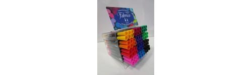 Pennarelli e colori per tessuto
